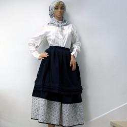 Falda tradicional azul